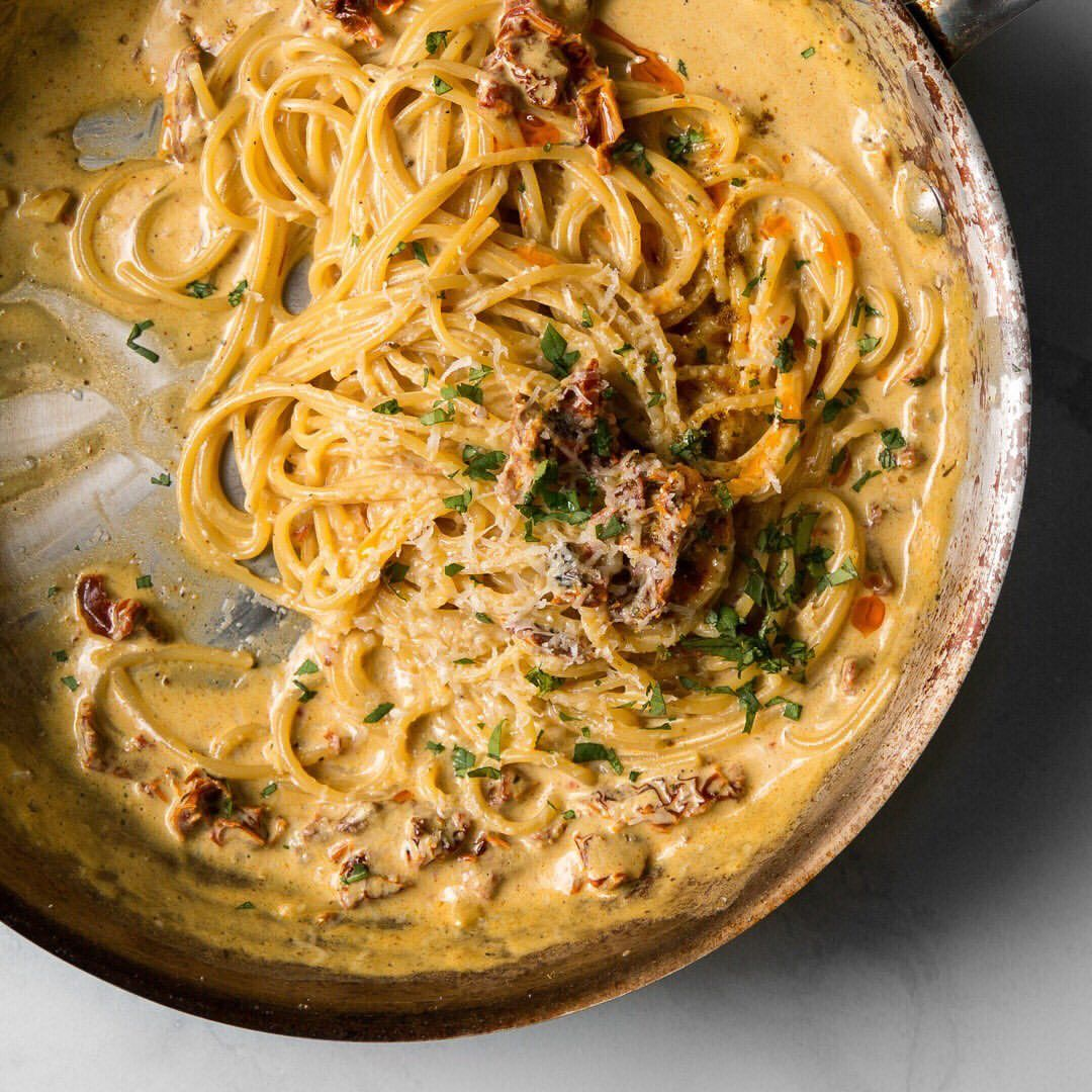 Sun Dried Tomato and Coconut Milk Curry Spaghetti