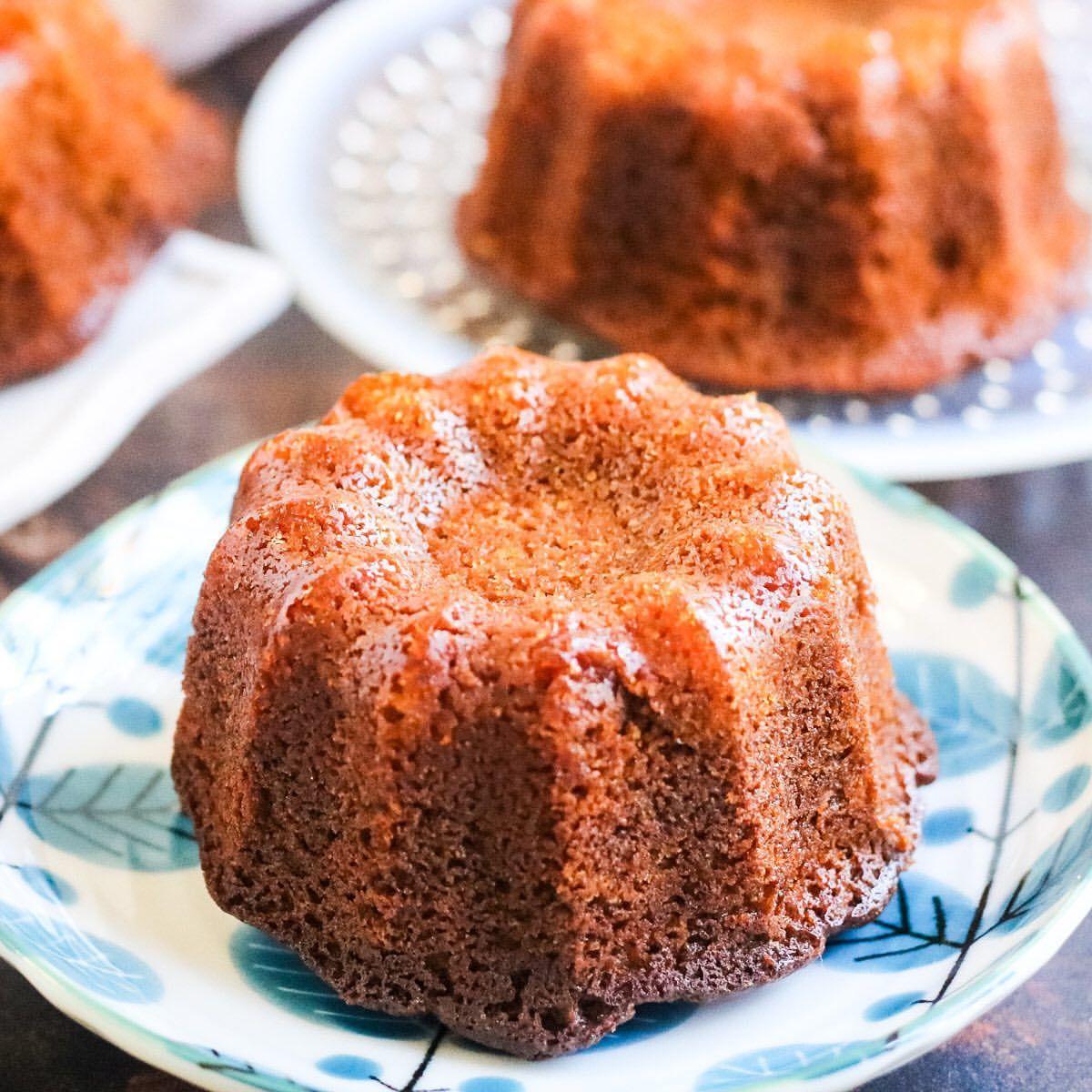 Mini Honey Cakes