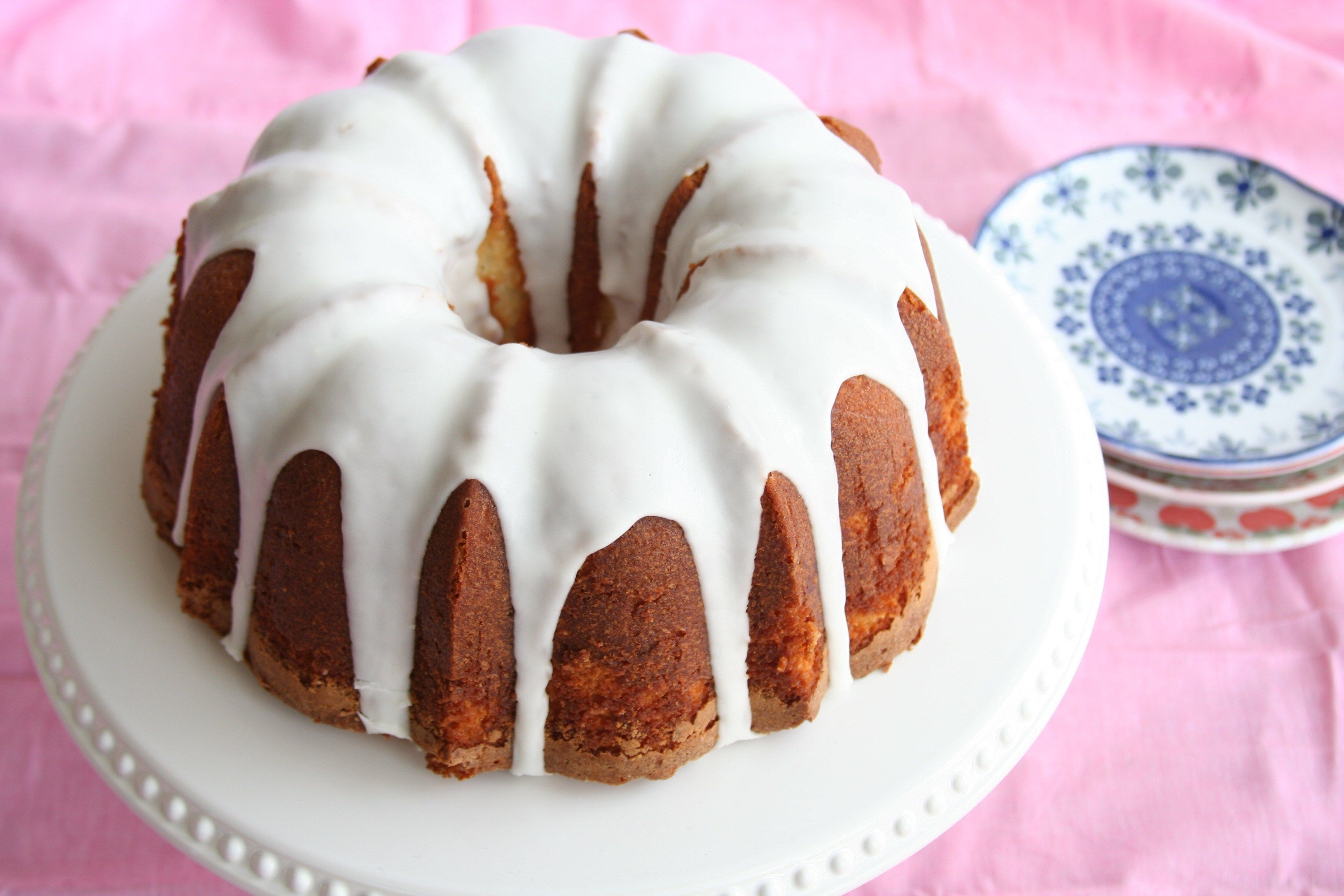 Lemony Bundt Cake