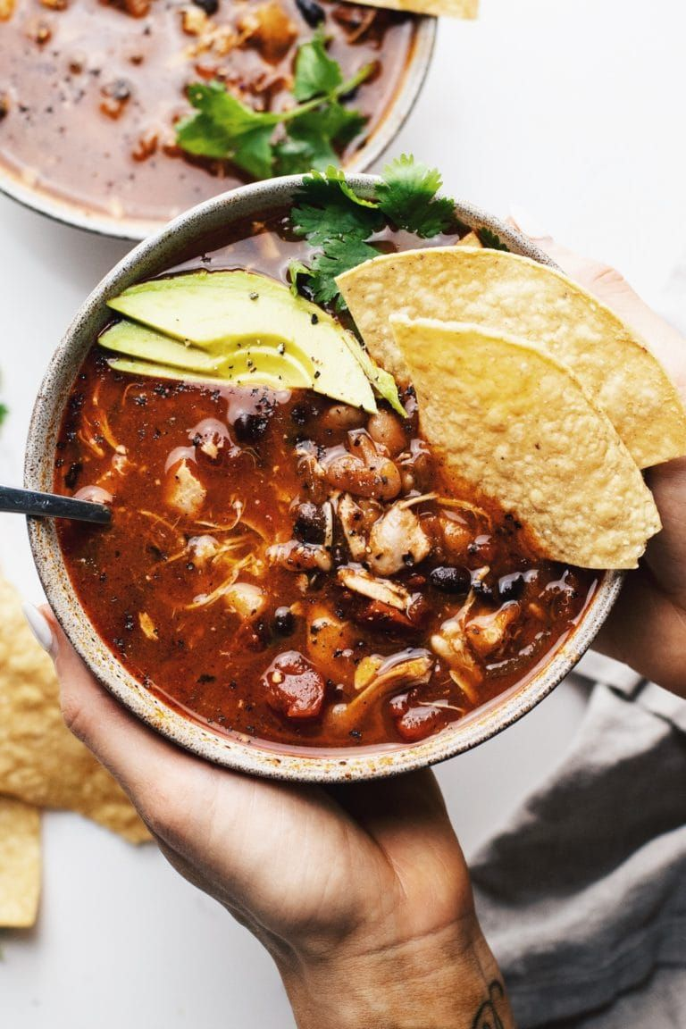 Slow Cooker Chili with Chicken