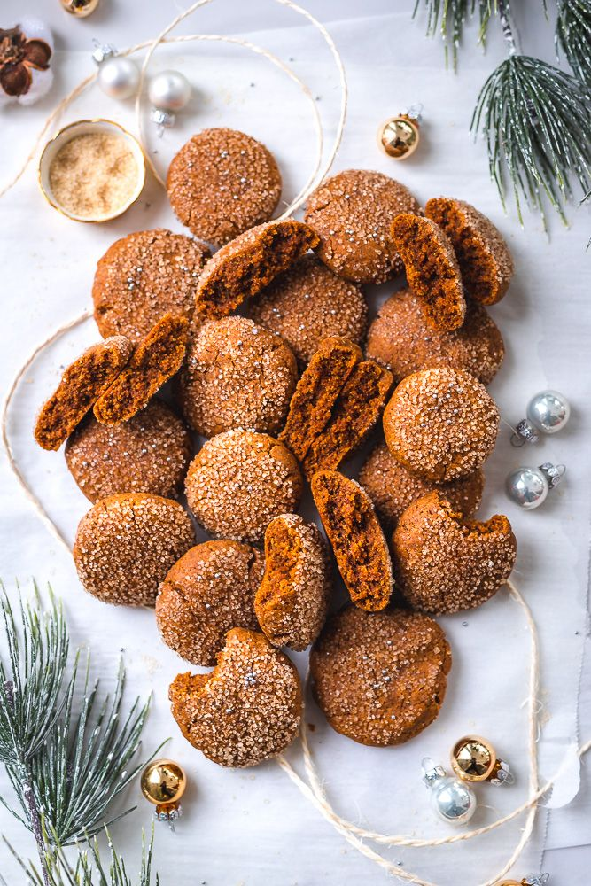 Chewy Soft Gingerbread Cookies