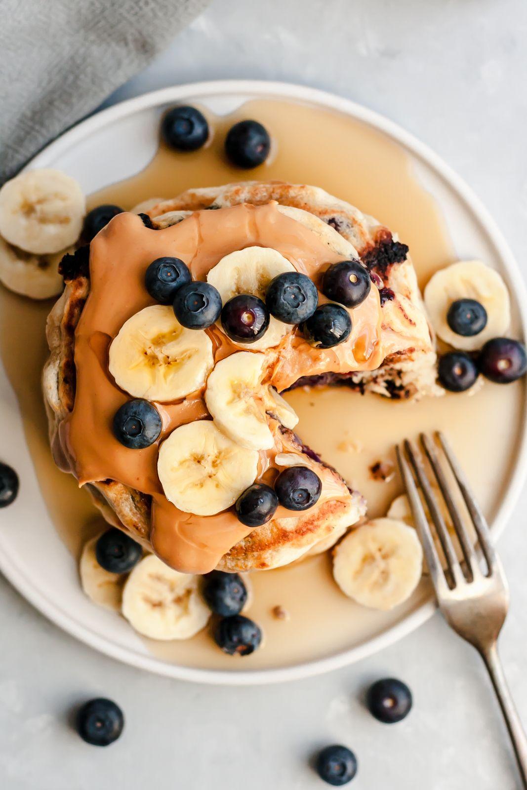 Fluffy Coconut Vanilla Pancakes