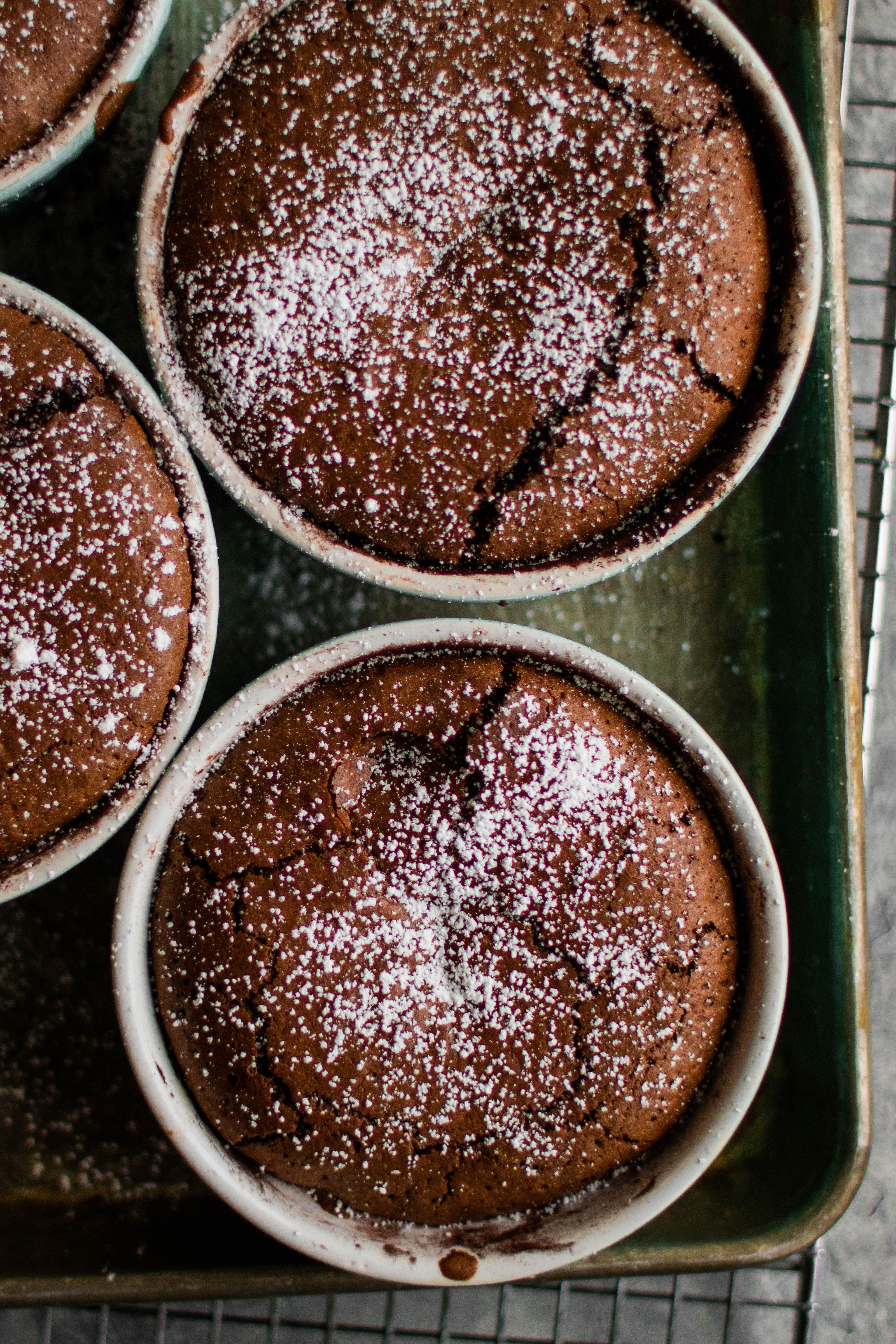 Gooey Chocolate Hazelnut Filled Chocolate Cakes By Jennygoycochea Quick Easy Recipe The Feedfeed