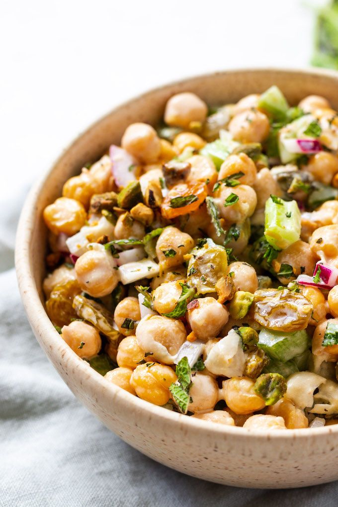 Chickpea Salad with Mint and Pistachios