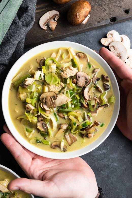 Chicken Soup with Leeks and Mushrooms