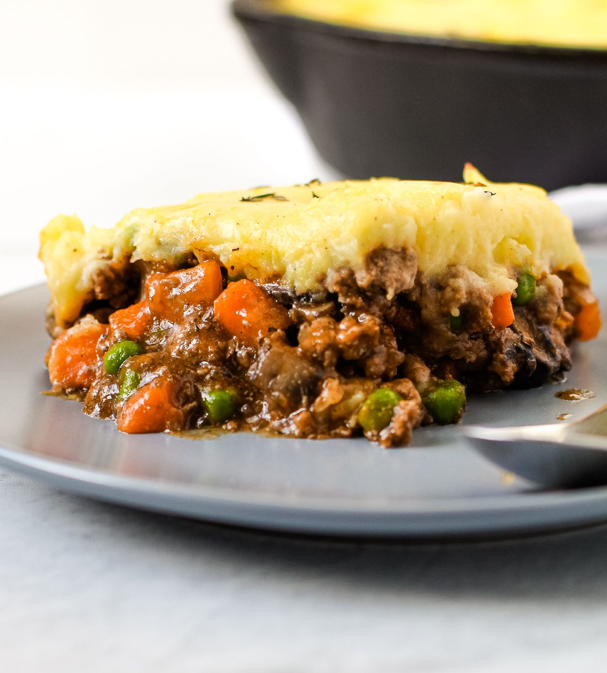 Beef Shepherd S Pie With Carrots And Peas By Everydaypie Quick Easy Recipe The Feedfeed