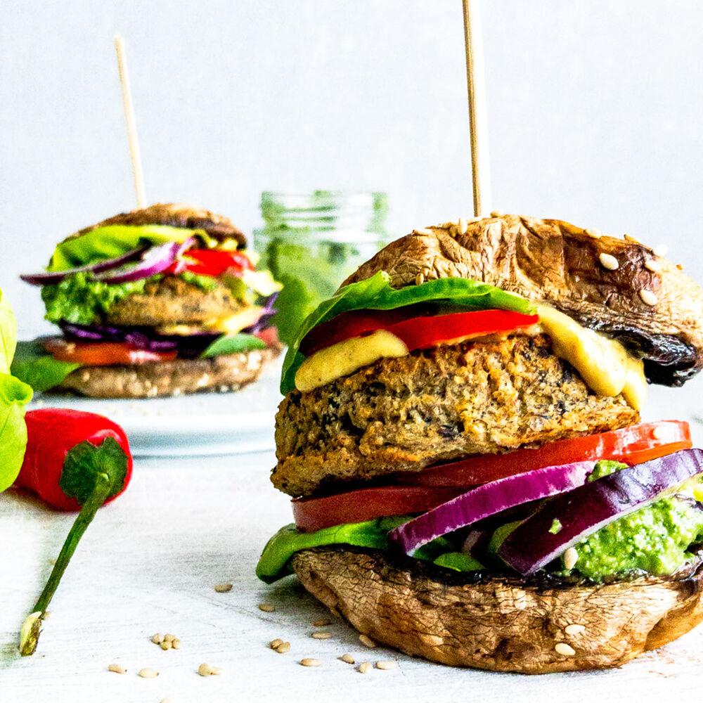Portobello Mushroom Bun Burger By Foodography By Joanna Quick Easy Recipe The Feedfeed