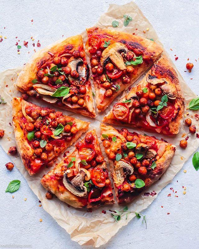 Tomato, Mushroom and Spiced Roasted Chickpea Pizza