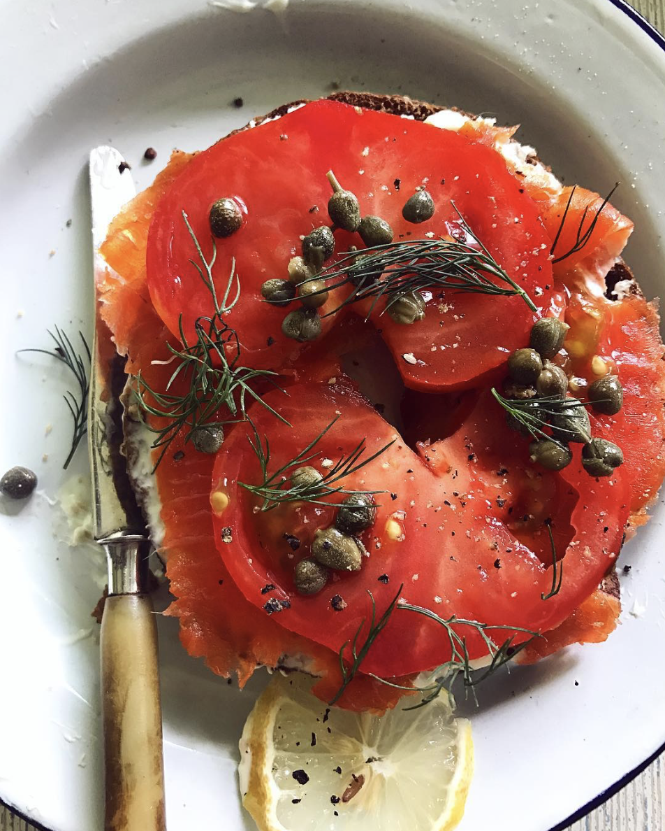 Bagel with Cream Cheese, Smoked Salmon and Sliced Tomato