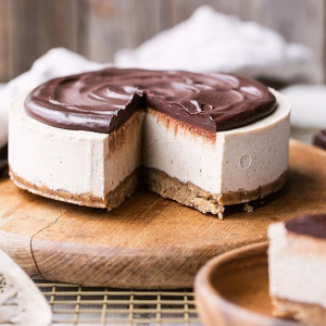 No Bake Vanilla Bean Cheesecake