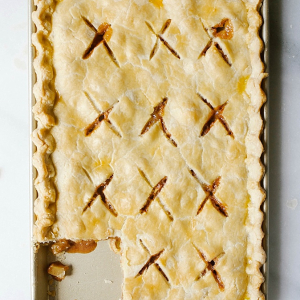Caramel Apple Slab Pie