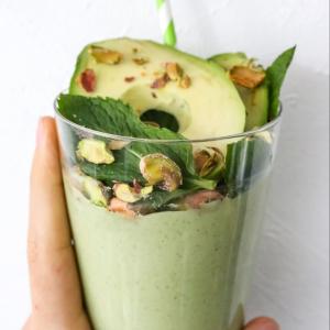 Avocado Cashew Smoothie